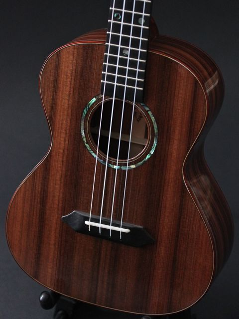 Custom Ukulele Review - Pau Ferro Tenor