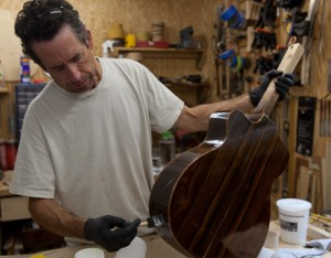 Cocobolo Guitar construction - G 45 finishing