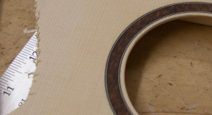 Ukulele Rosette, construction