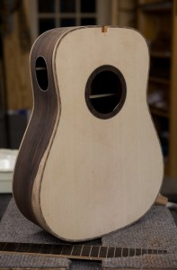 Construction Brazilian Rosewood Guitar