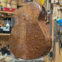 Medium Jumbo Guitar Construction G105