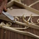 Handmade Guitar or Factory-built Guitar?