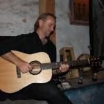 Geoff Achison playing a Brazilian Rosewood Lichty Guitar