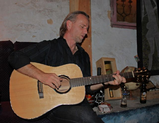 Geoff Achison playing a Lichty Brazilian Rosewood Dreadnought Guitar