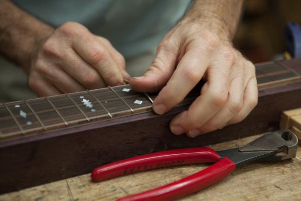 NC Guitar Builder