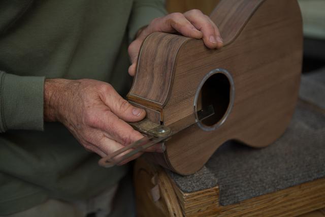 Custom 6 string Custom Baritone Ukulele Construction,