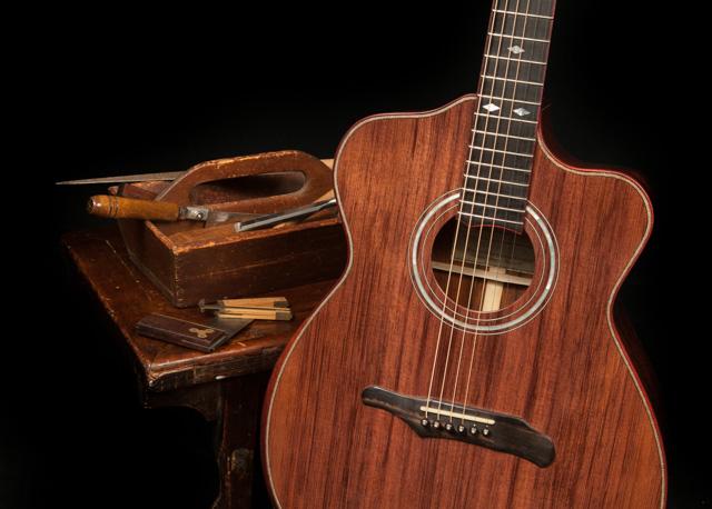 Lichty Guitar Building Workshop, student Rollie's guitar