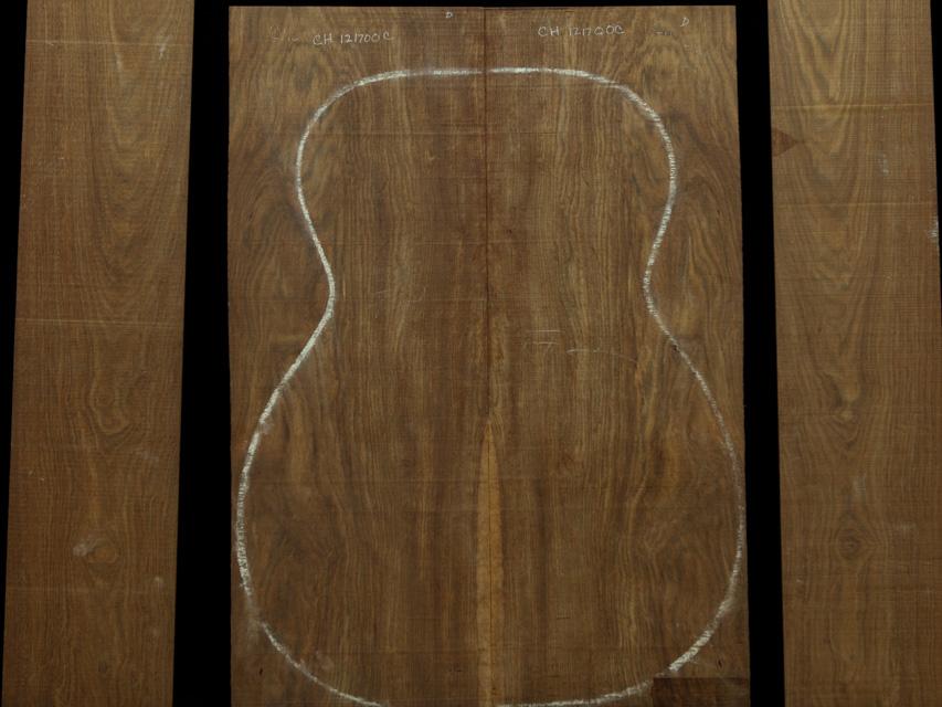 Chechen Guitar Tonewood