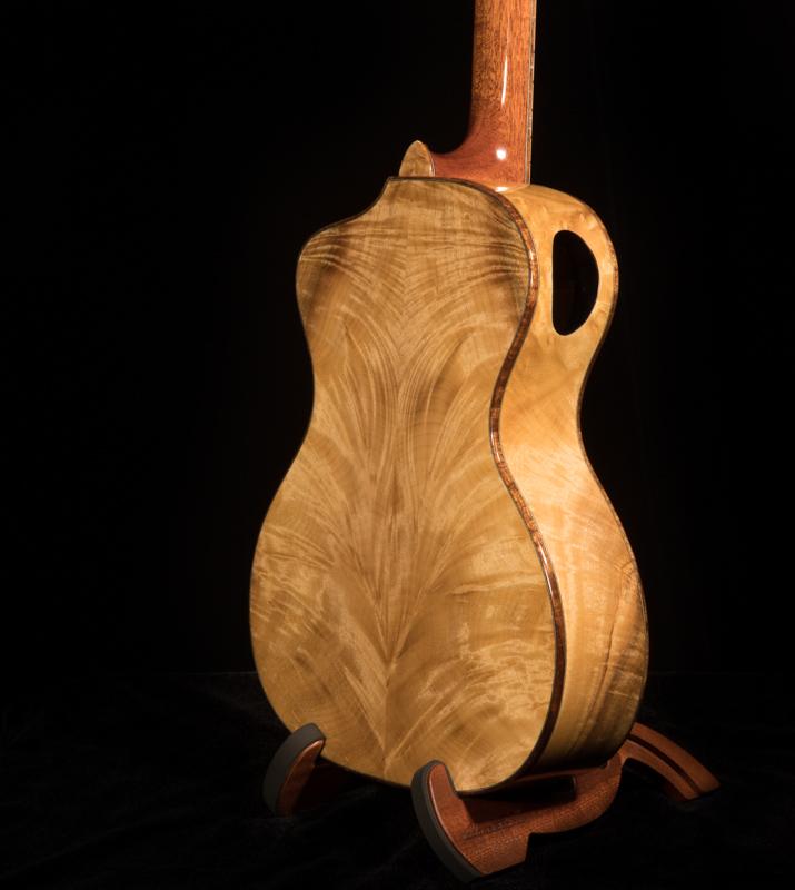 Myrtelwood-Steel-String-Baritone-Ukulele-U119