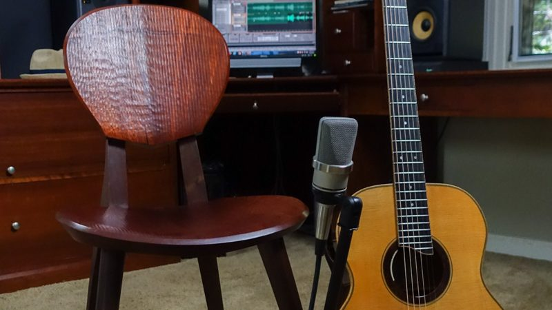 Bogg-Sonus-Guitar-Chair