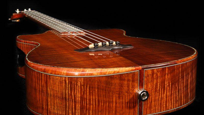 koa-baritone-ukulele-ziggy-model