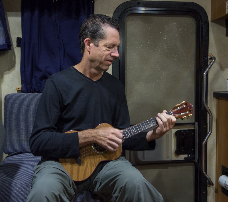 travel-ukulele-lichty-ukulele