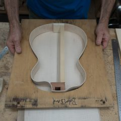 Archtop-Ukulele-Construction-U121