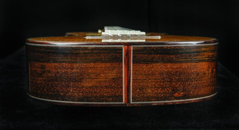 Custom-Baritone-Ukulele-U132