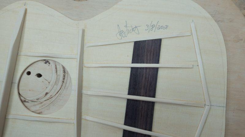 Custom-Tenor-Ukulele-Construction-U133