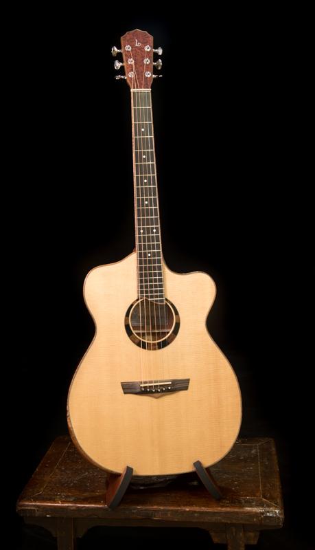 Bubinga-Custom-Guitar-Lichty-G118
