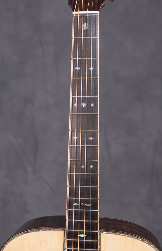 Lichty-Custom-Guitar-G124OM