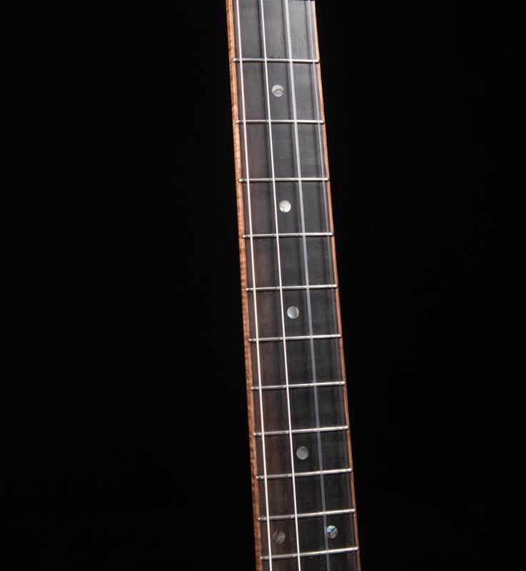 Lichty-Custom-Baritone-Ukulele-U141