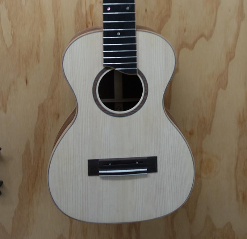 Custom-Kiku-Construction-G126